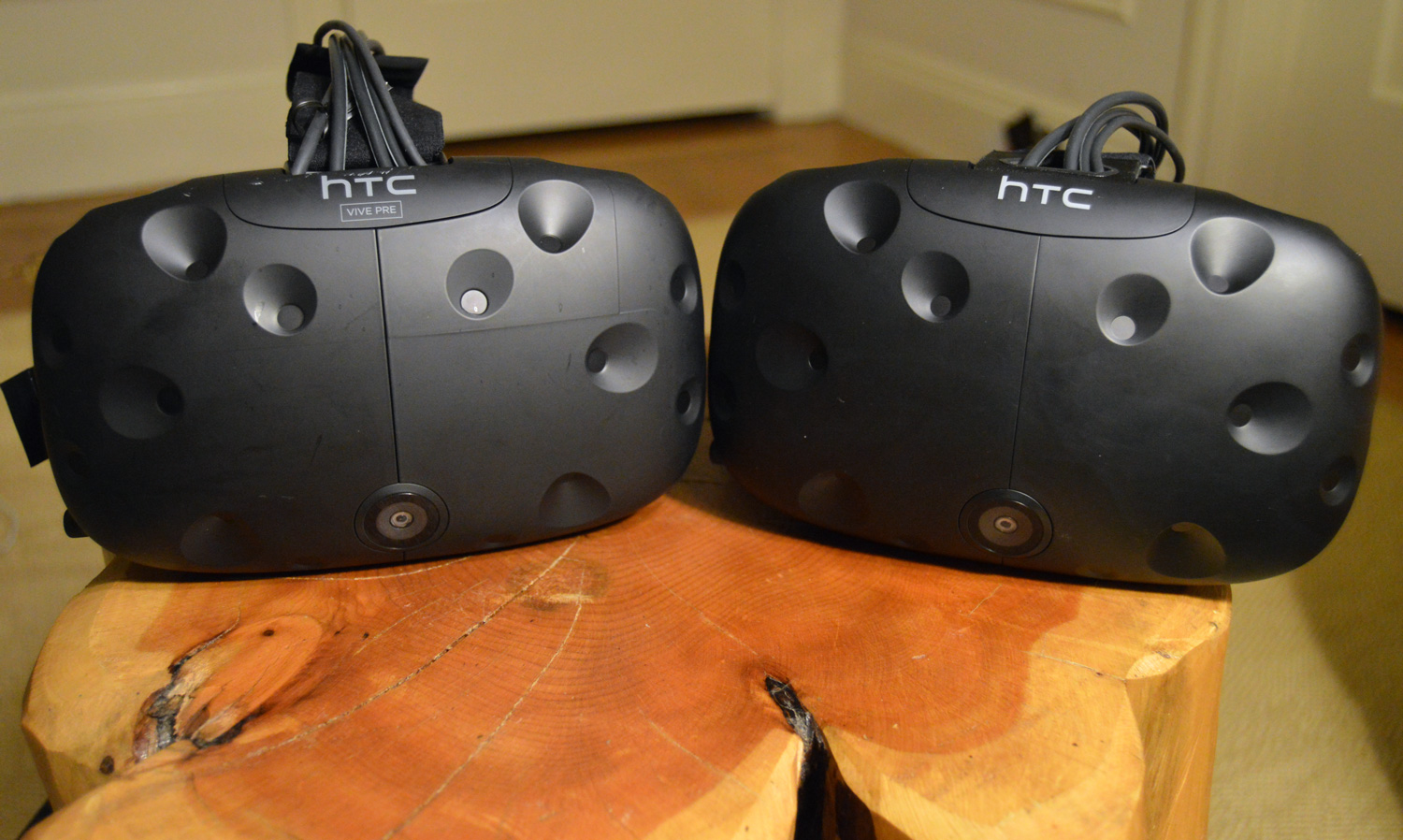 The HTC Vive Pre (Left) and the HTC Vive consumer edition (Right) are nearly identical.
