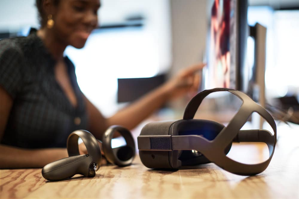 How To Stream Oculus Quest To Twitch, YouTube, Facebook, And