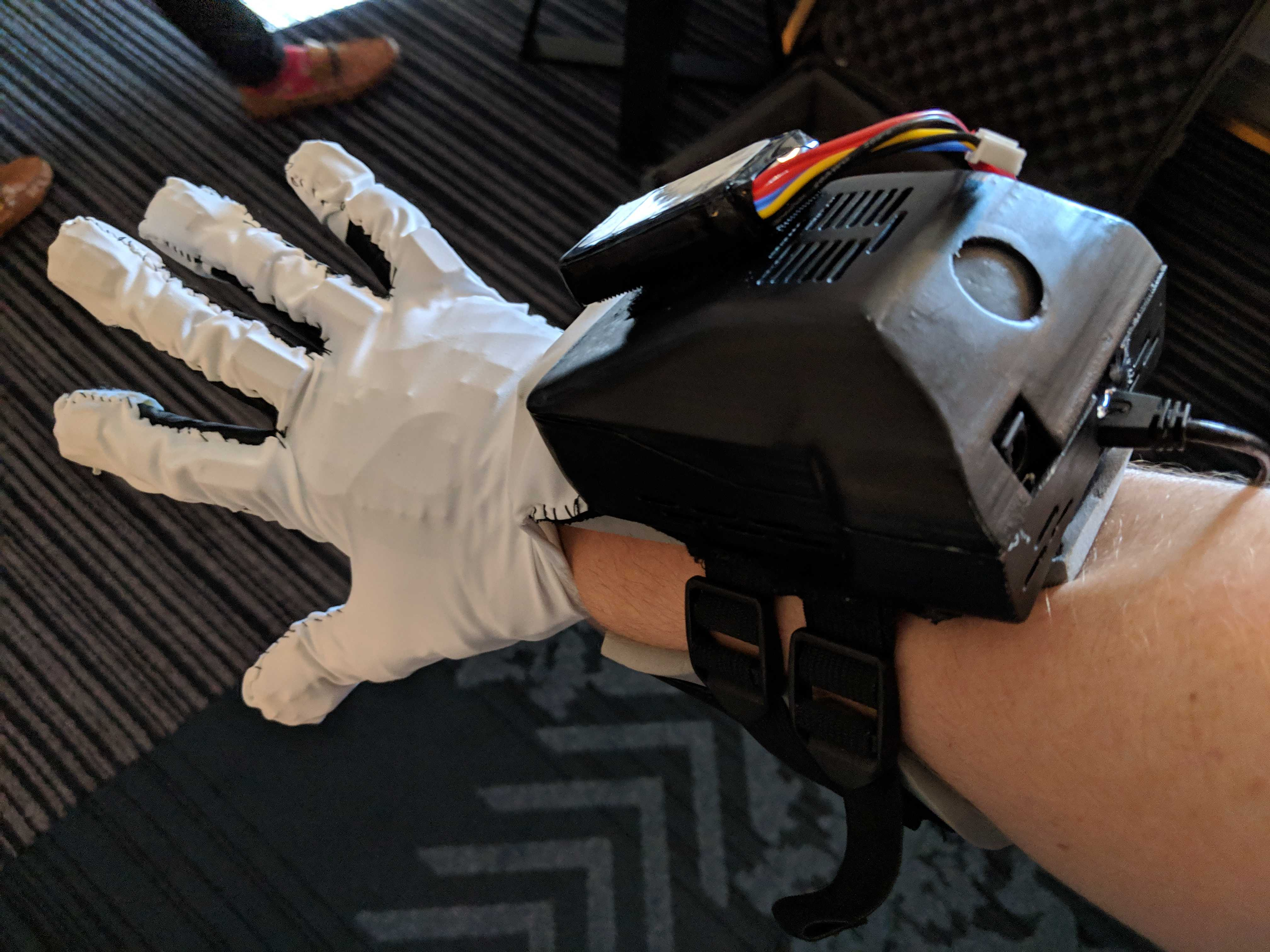 contact ci haptic glove vr
